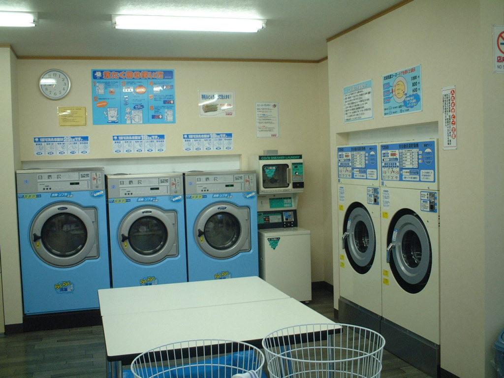 コインランドリーHIDE 洗濯コーナー
